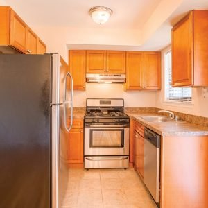 Country Living at Mapleview Apartments For Rent in Old Bridge, NJ Kitchen